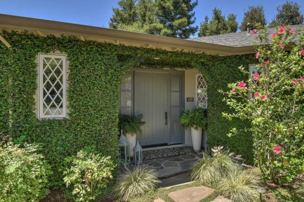 221 W Edith Ave Los Altos CA-large-004-2-Entry-1499x1000-72dpi