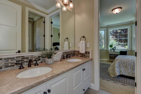 221 W Edith Ave Los Altos CA-large-023-20-Jack and Jill Bathroom One-1500x1000-72dpi