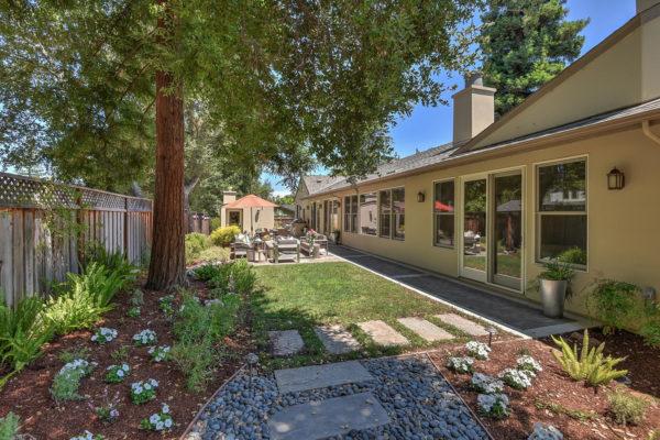 221 W Edith Ave Los Altos CA-large-037-21-Backyard-1500x1000-72dpi