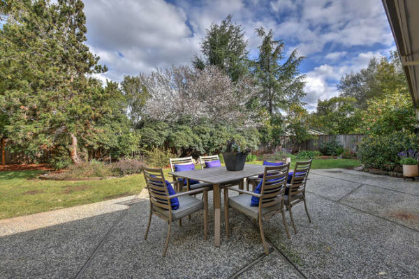 1093 Eastwood Ct Los Altos CA-small-028-11-Patio One-666x445-72dpi