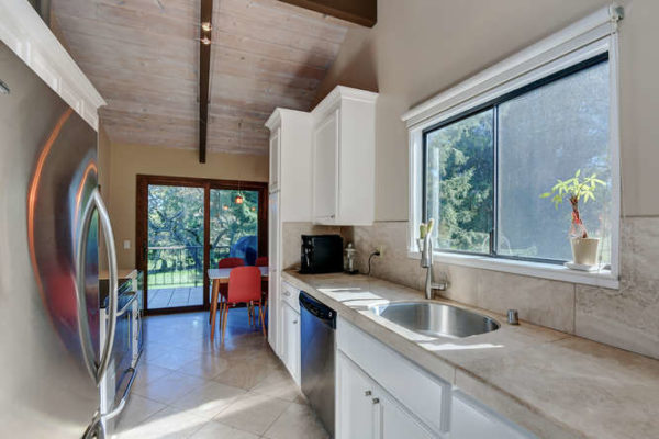122 Sand Hill Cir Menlo Park-small-009-010-Kitchen One-666x444-72dpi